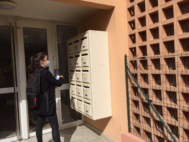 Distribution d'imprimés Marseille boites aux lettres extérieur résidence