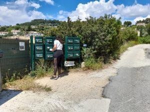 distribution cedex bord route Ollioules