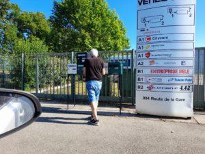 Distribution d'imprimés publicitaires à Venelles dans une zone d'activité