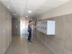 distribution d'imprimés publicitaires cedex hall d'immeuble Ollioules