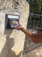 distribution dans une boites aux lettres Aix-en-Provence